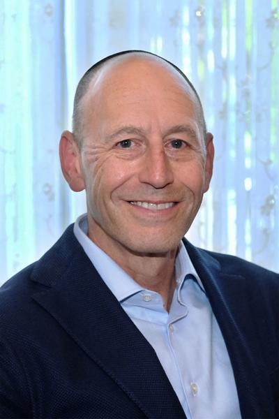 Dr. David Zukor