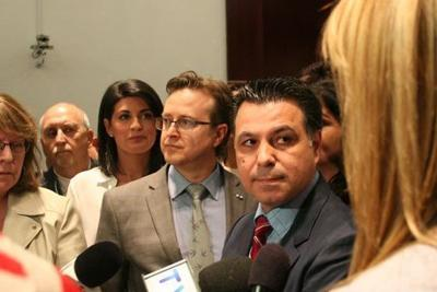 Three Action Laval councillors withdraw from caucus