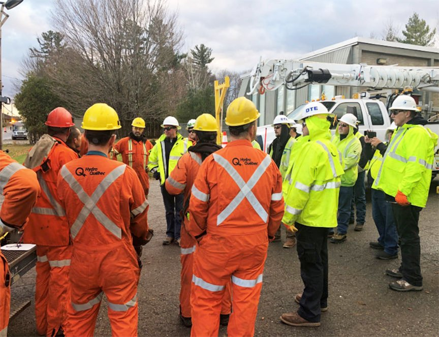 Crews from Ontario, Atlantic Canada and Michigan help Hydro Quebec after fierce wind storm