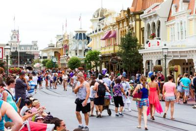 Parenting 101: 5 Tips for planning a perfect Disney vacation