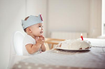 Supermom In Training: $100 Birthday Party Series - Babies