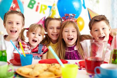 Supermom In Training: The great birthday party debate