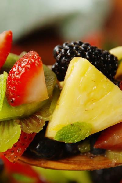 Recipe: Fruit salads that celebrate summer
