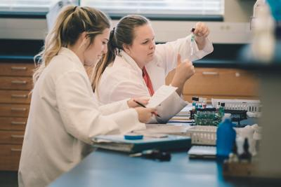 Lab tech program gets grant