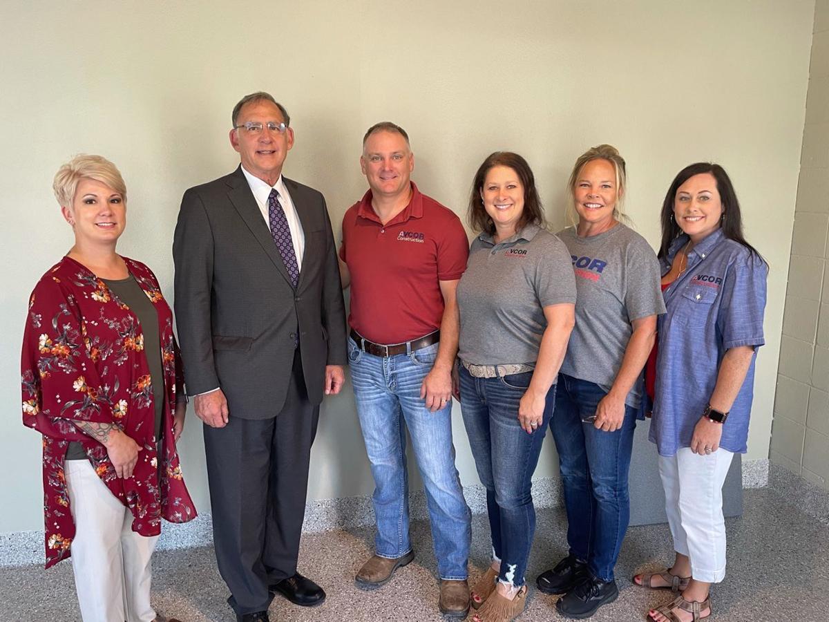 Boozman visits veteran owned business