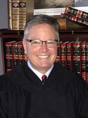 Murphy announces for Appeals Court