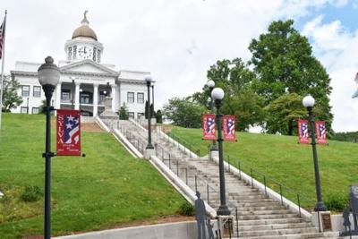 memorial day courthouse
