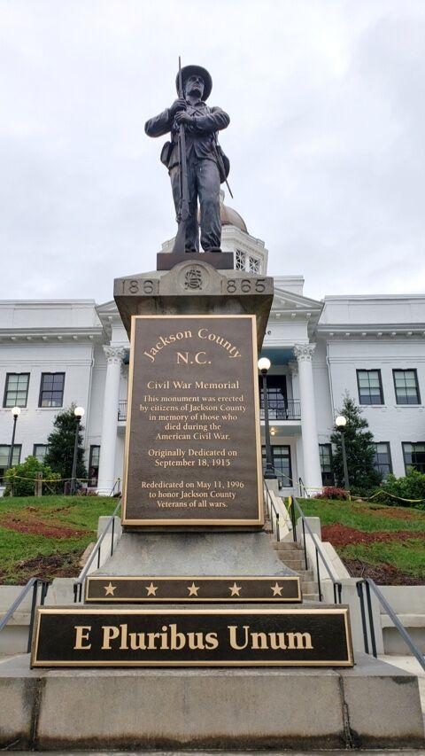 new plaques confederate monument
