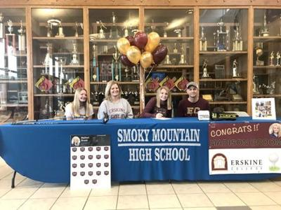 Madison Broom signs with Erskine