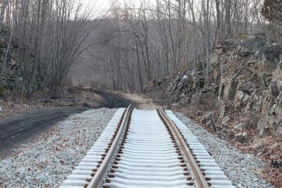 Amtrak, local rail authority sign deal to study NYC train