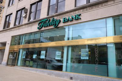 Fidelity posts third-quarter dividend up two cents over last year