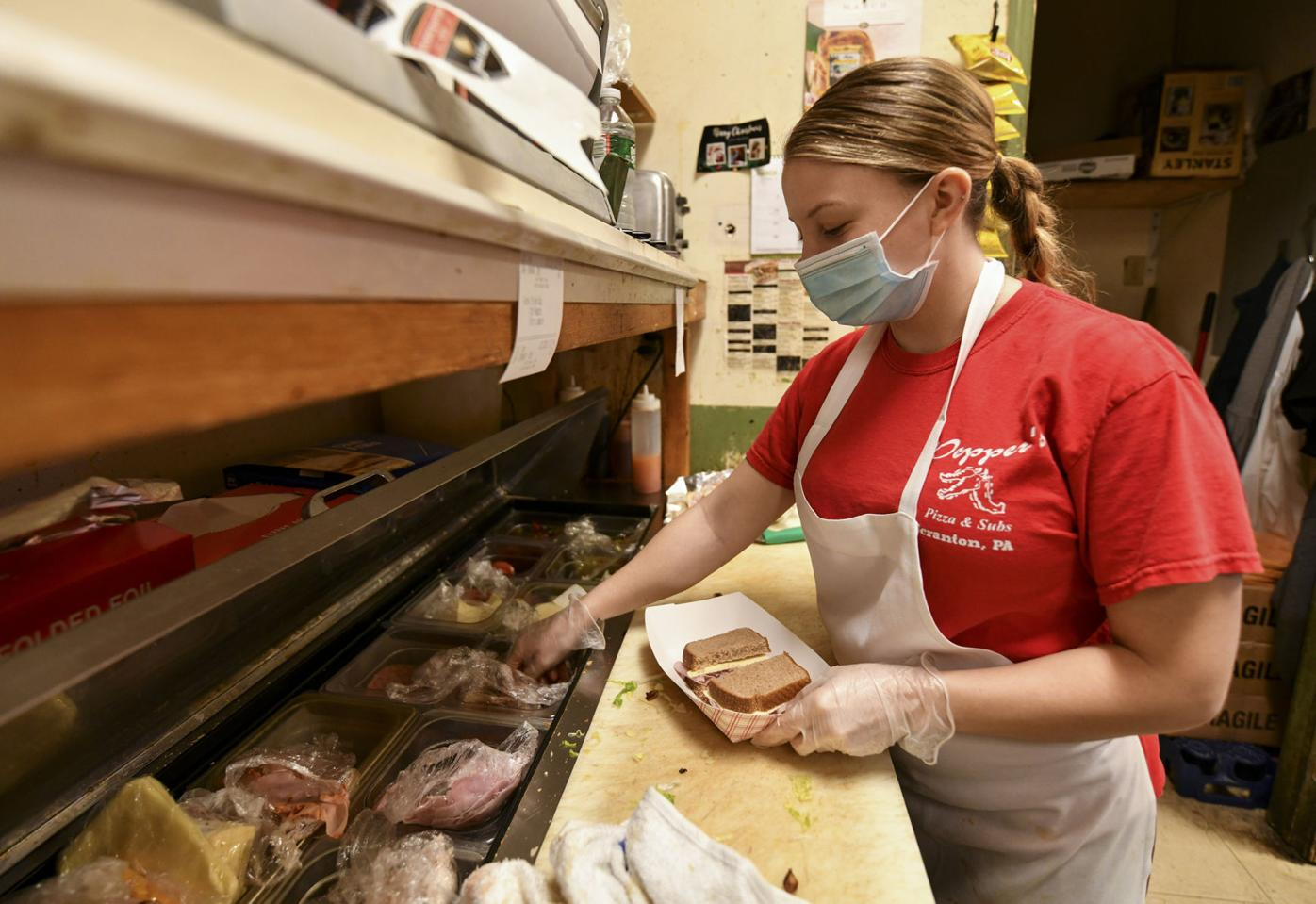 Pizzerias facing staffing shortages