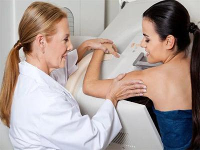 Advocates urge women to get mammograms amid vaccine anxiety