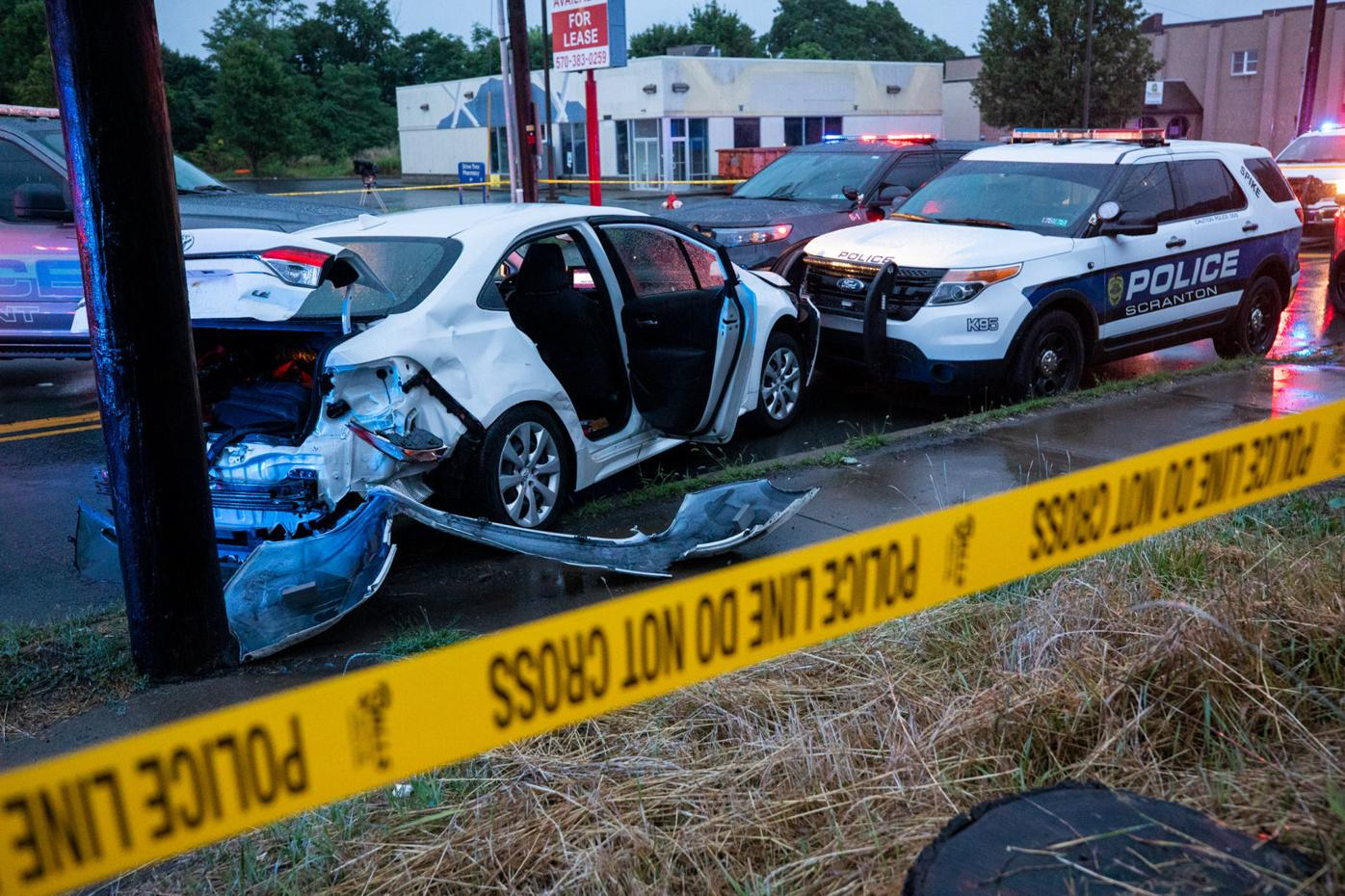 Police apprehend driver after hourlong vehicle chase