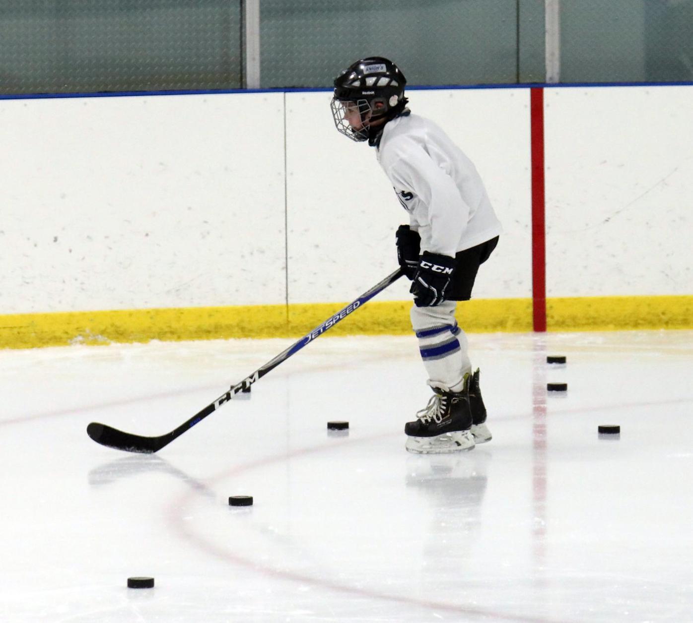 cv011721hockey2