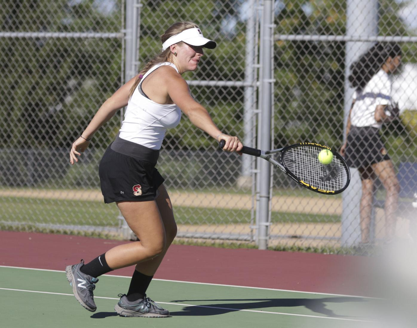 Scranton's Theresa Huffman carries on family tennis tradition