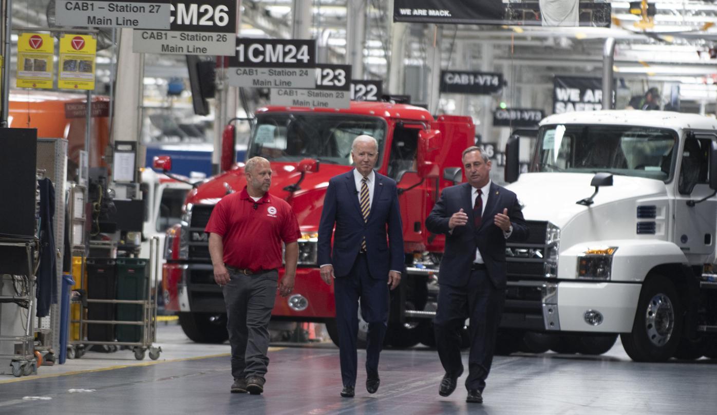 President Biden visits Mack Truck factory