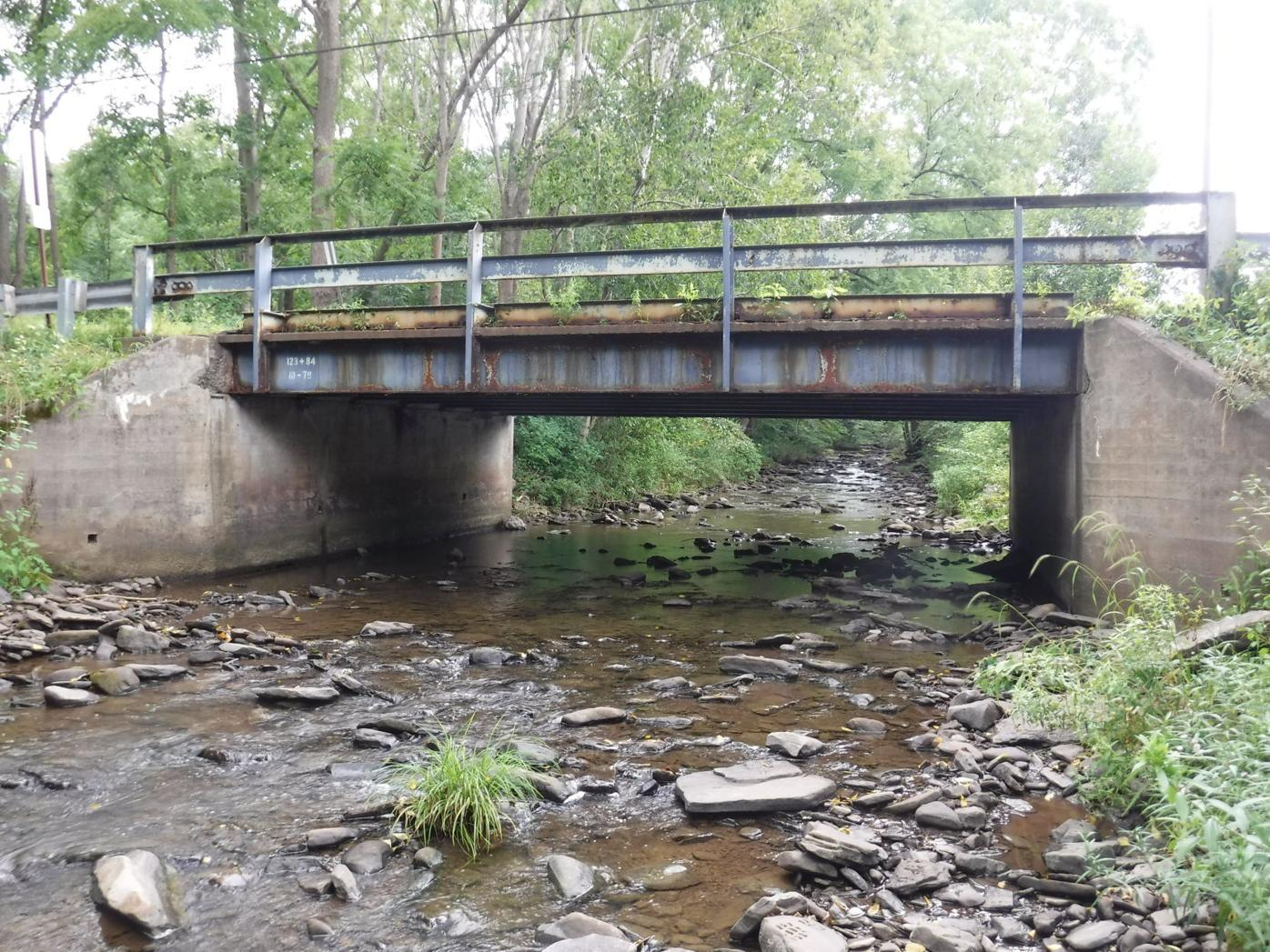 Gardner_Creek_Bridge_Newton_Twp._2021