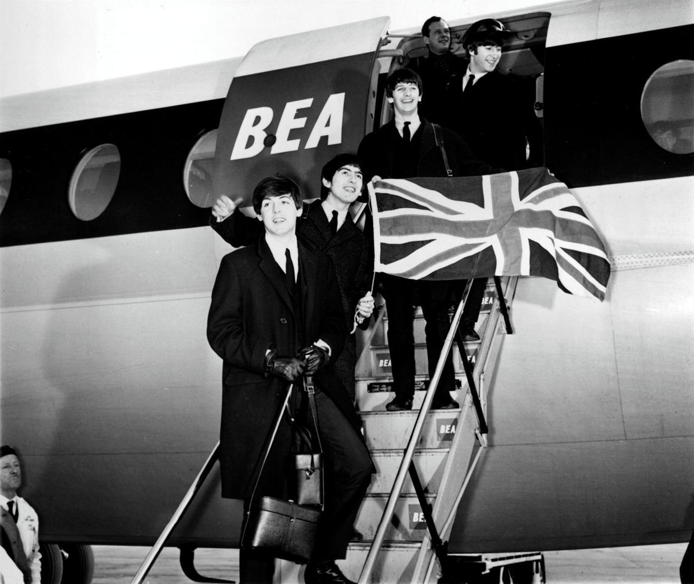 BEATLES RETURN LONDON