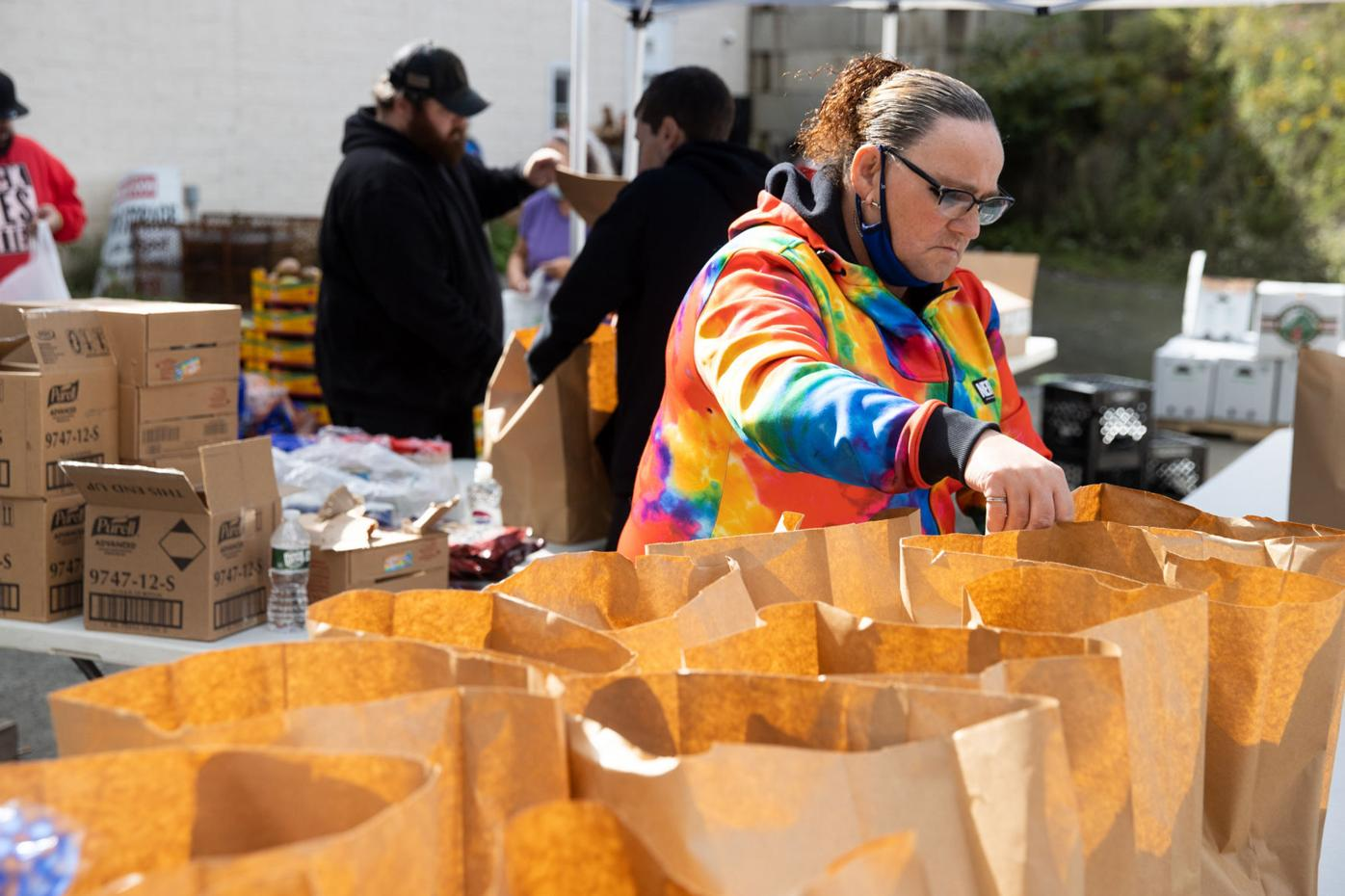 Carbondale Catholic Social Services food giveaway