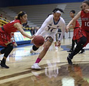 Women's basketball sweeps SEMO in second overtime win of season