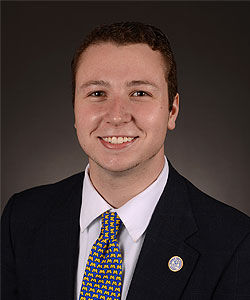 Former SGA president helps provide students in need with meals