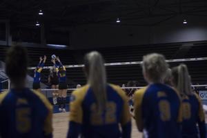 MSU volleyball takes down EKU