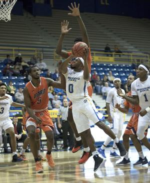 A.J. Hicks sets school record for steals in men's basketball 70-53 win over UT Martin