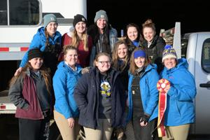 Hunt Seat Team finishes season strong, three advance to regionals