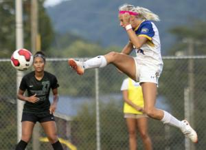 Late Goal Propels Wright State Over Soccer