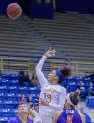 Crockett's Double-Double Propels Eagles to Victory Over Evansville