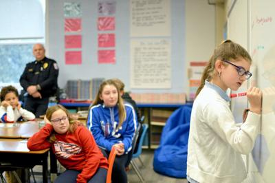 Mayfield students take part in D.A.R.E.