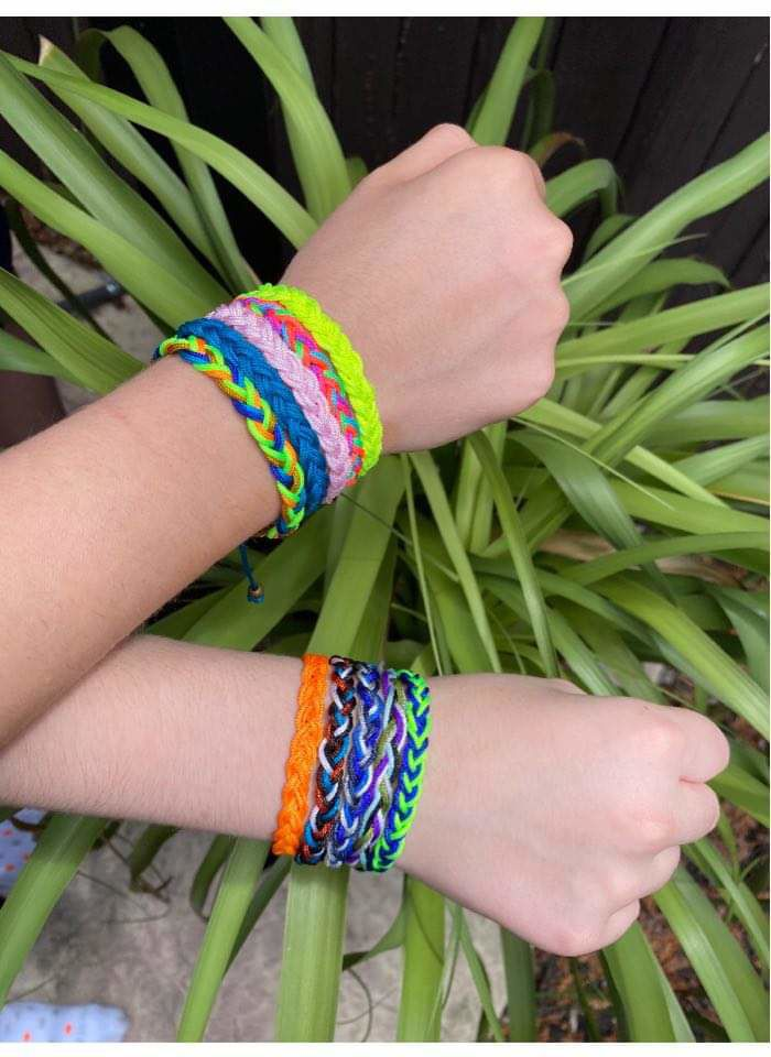 Jenny's Kloset partnered with Valley View grad Jennifer Guida, owner of Irock Beads, for a fundraiser to sell friendship bracelet kits for $8. All proceeds will be used to feed hungry kids and their families in the Midvalley and beyond. SUBMITTED PHOTO