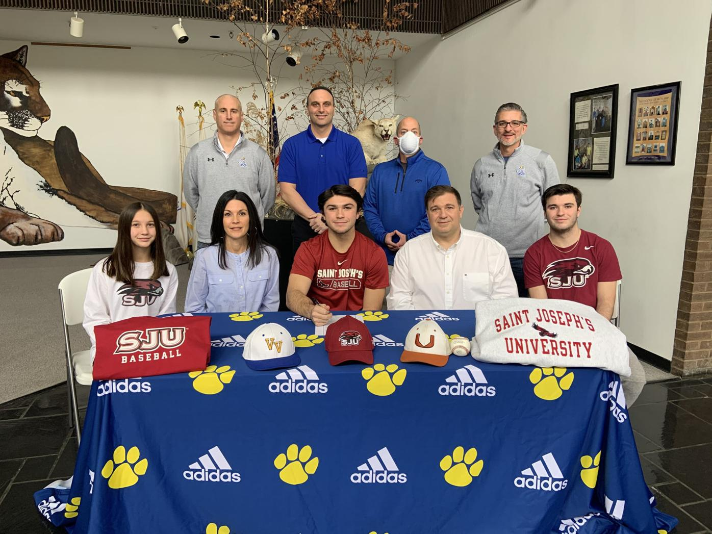 Valley View students earn baseball scholarships