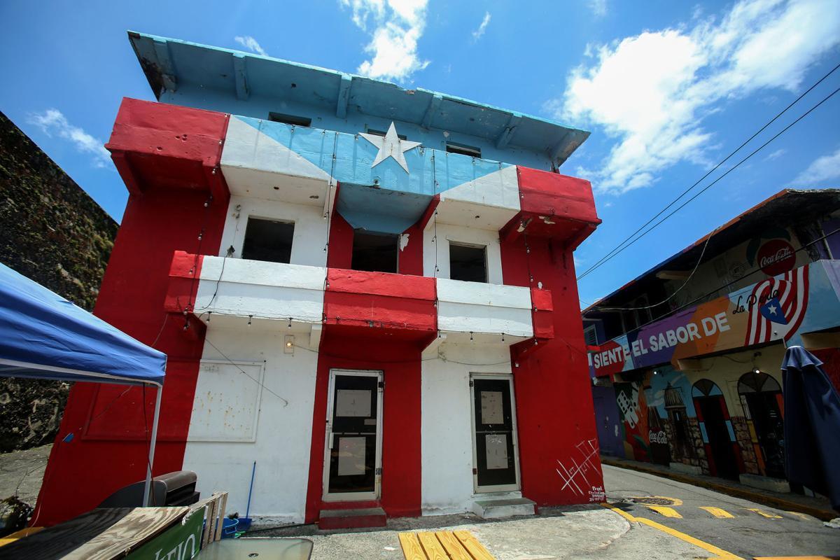 La Perla:Flag.jpg
