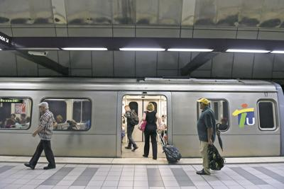 Tren Urbano, urban train
