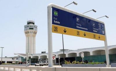 LMM International Airport