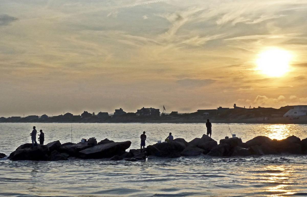 WES Breachway fishing at sun set 25461.JPG