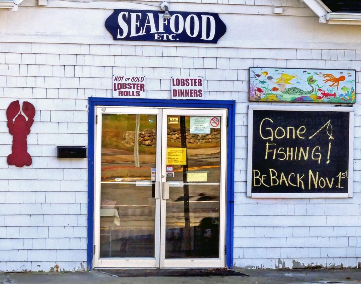 102319 PAW Gone fishing sign Seafood etc 212.JPG