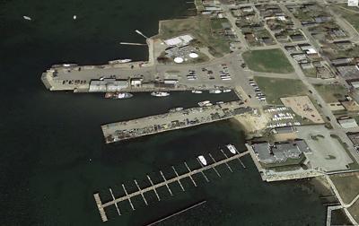 South Pier Stonington Town Dock.jpg