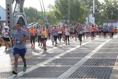 Mystic Half Marathon attracts big crowd