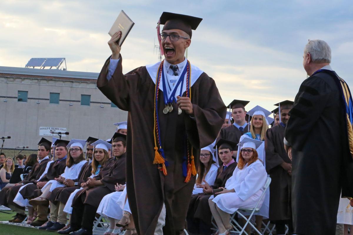 062119 STN SHS Graduation gw09.jpg