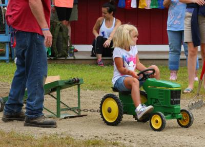 The children's tractor pull