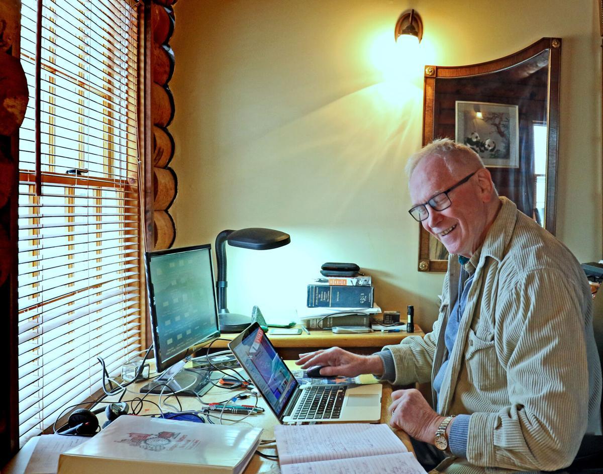 022321 HOP Playwright Malcolm Davidson hh 31203.JPG