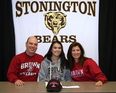 Girls tennis: Stonington's Dellacono signs likely letter to attend