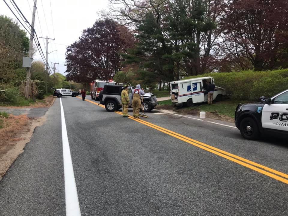 051519 POL mail truck crash 2.jpg