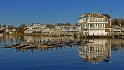 040720 WES WH Yacht club reflection 6107.JPG