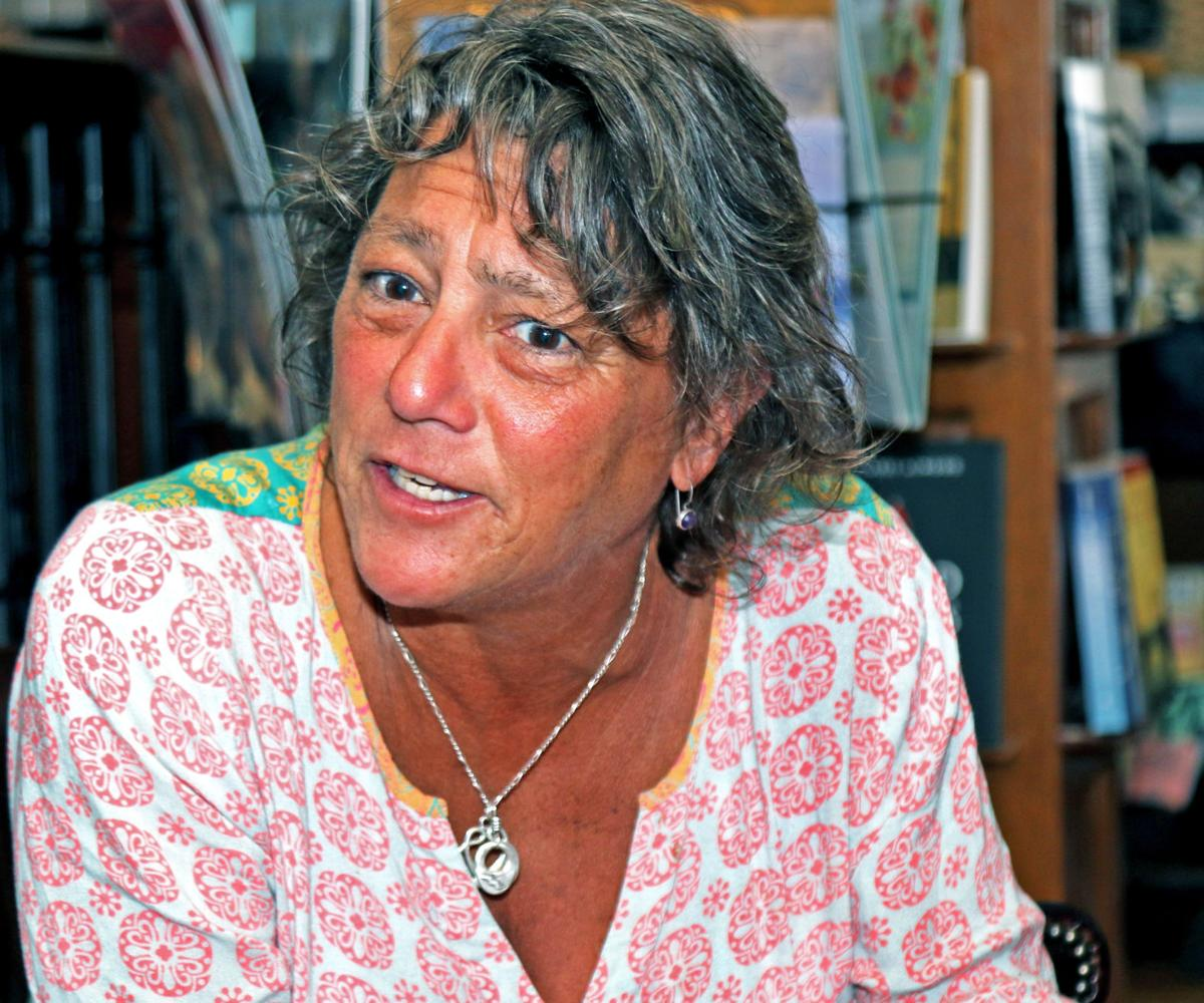 091219 WES Former RI poet laureate Lisa Starr 119.JPG