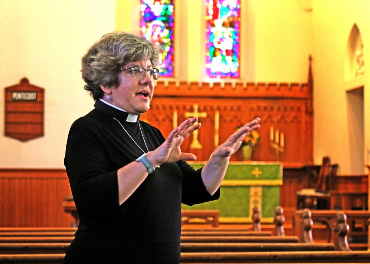 082219 STN Rev. Gillian Barr Calvary Church 706.JPG