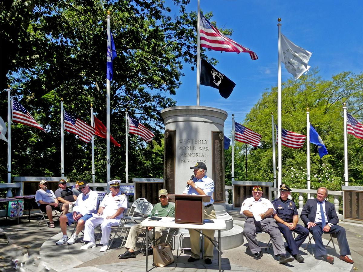 081219 WES VJ Day Westerly War Memorial 243.jpg